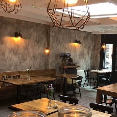 Betonlookverf - inspiratie - bedrijven - lood - cafe de oude meester - zwolle